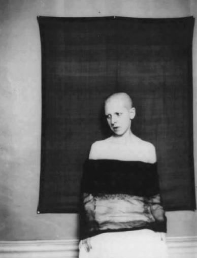 Surrealist photog Claude Cahun exhibit at Jeu de Paume