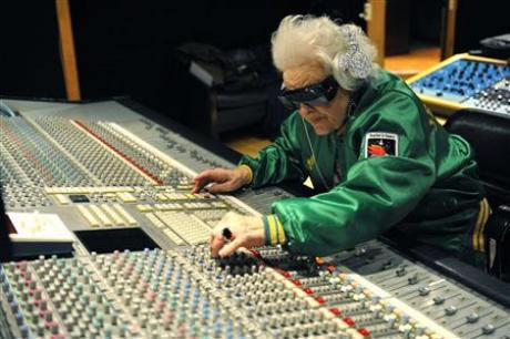 Hip British granny a hot DJ in Paris
