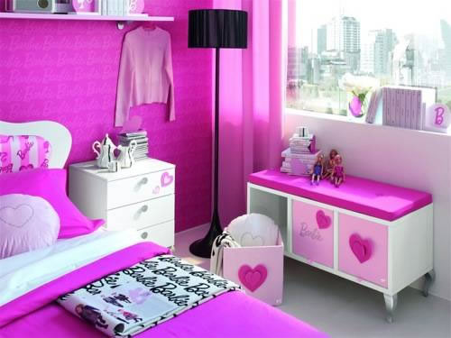 Sleep in Barbie's Paris Dream House for only 1,600€/night